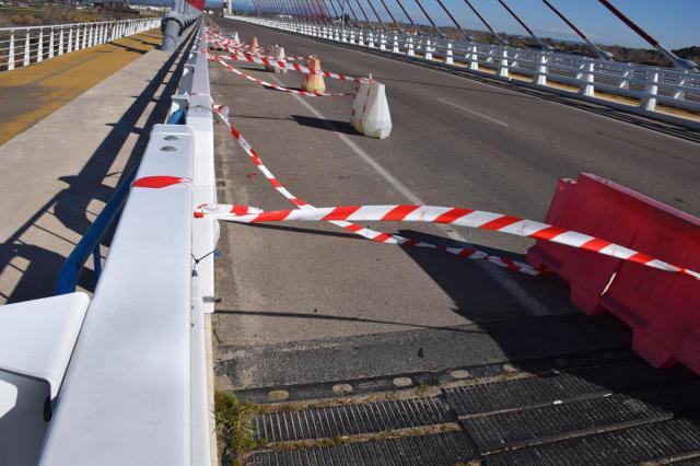 Preocupación por los desperfectos del 'puente atirantado' de Talavera