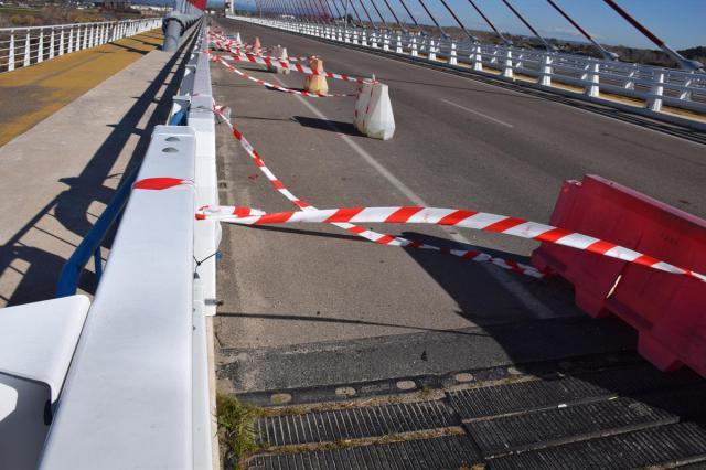 El Ayuntamiento buscará la 'colaboración' de la Junta para asumir el mantenimineto del puente atirantado