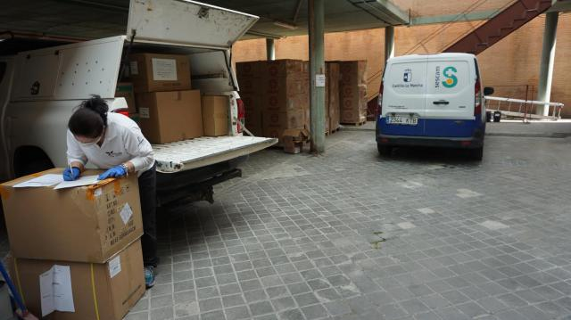 TALAVERA   Sanidad realiza un nuevo envío de artículos de protección y test rápidos