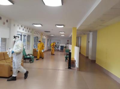 COVID-19   Desinfección en tres residencia de mayores de Talavera