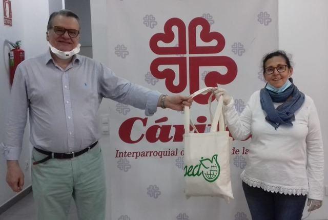 TALAVERA | Maristas entrega material sanitario a Cáritas