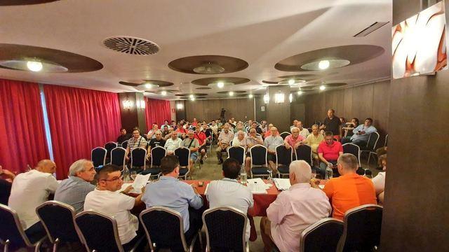 A rascarse el bolsillo | El CF Talavera sube el precio de los abonos
