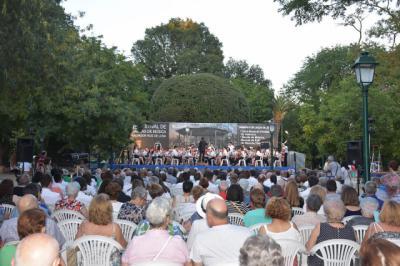 Los Jardines del Prado se inundan de música por el Festival de Bandas