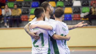 Quique Rivero transforma el penalti ante el Fuenlabrada en el encuentro de Copa. / Josué Correa (Huelva)