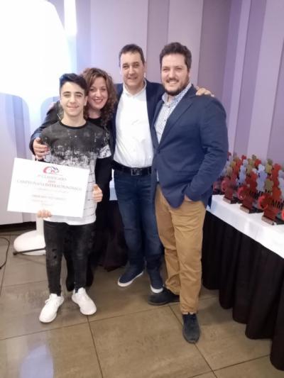El piloto talaverano Josué Sánchez recoge dos premios por su gran trayectoria en 2019