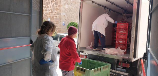 SOLIDARIDAD   Cáritas Talavera recibe cerca de 1.300 raciones de cordero de primera calidad