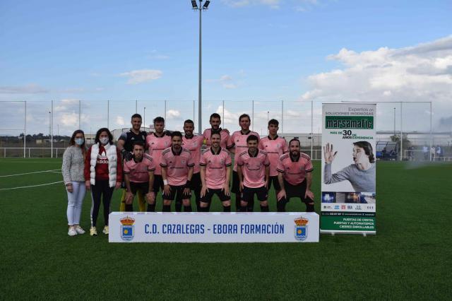 A UN PASO DEL PLAY OFF   Contundente victoria del CD Cazalegas-Ebora Formación