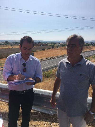 El PSOE pide mejorar el servicio del autobús urbano entre el IES San Isidro y El Casar