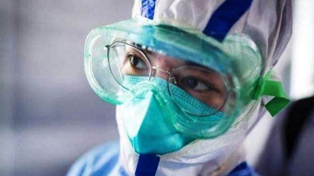 COVID-19 | Fallecimientos y contagios en sanitarios serán declarados accidente de trabajo
