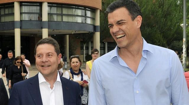 Emiliano García-Page y Pedro Sánchez en una imagen de archivo