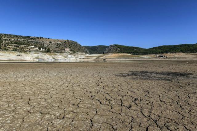 Entrepeñas y Buendía no llegan al 10% de agua embalsada