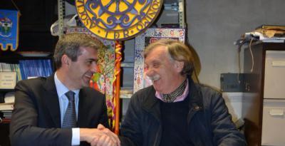 """Diputación firma un convenio de promoción y apoyo a la artesanía del Mercado de """"San Jerónimo"""" de Talavera"""