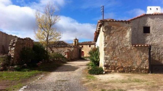 """LEY   Castilla-La Mancha quiere ser """"pionera"""" contra la despoblación"""