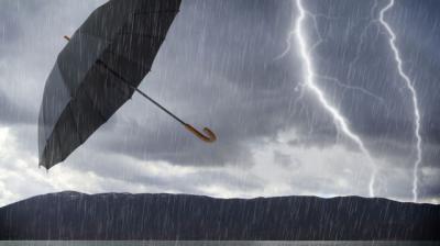 El viento y la lluvia provocan incidentes en Talavera