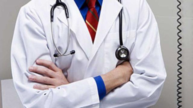 SANIDAD | El Colegio de Médicos traslada a Page sus quejas