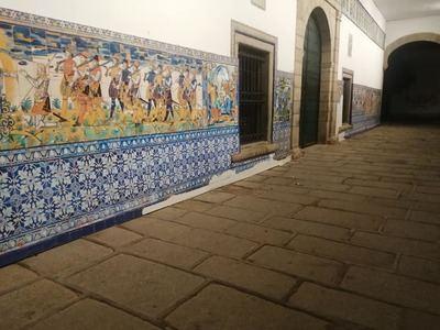VANDALISMO | Talavera repondrá los vinilos del pórtico de la Basílica…