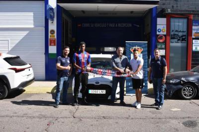 Centro del Automóvil Pedro Madroño y el CD Cazalegas-Ebora Formación viajan juntos para llegar más lejos