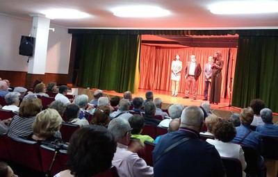 300 mayores participan en la XI edición del Festival de Teatro de los Centros de Mayores celebrada en Oropesa