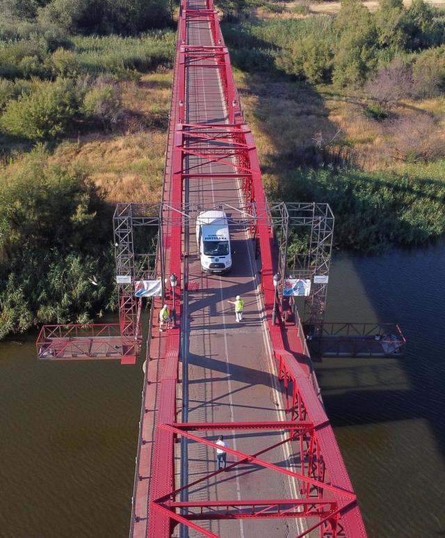 TALENTO TALAVERANO   La plataforma móvil para el Puente de Hierro triunfa en España