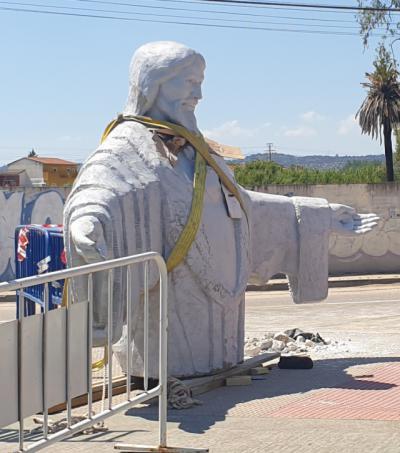 Más imágenes de la escultura de 4,5 metros del Sagrado Corazón
