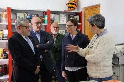 La Junta donará al Ayuntamiento de Cebolla los libros que precise