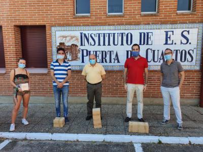 ACTUALIDAD | Donación de un mural cerámico al IES PUERTA DE CUARTOS