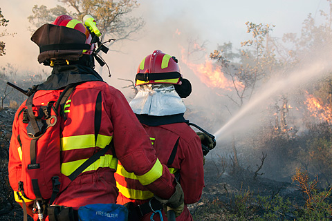 ACTUALIDAD | La UME se incorpora a los trabajos de extinción del incendio en Férez