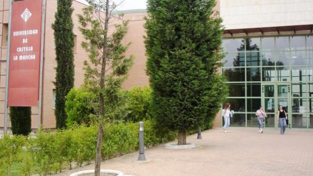 CCOO reclama al PP de Talavera que no boicotee el Grado de Informática