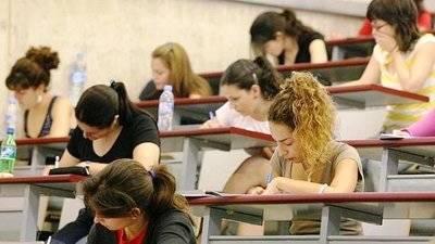 Publicada la adjudicación definitiva de vacantes a interinos de enseñanzas medias en CLM para el curso 2017/2018