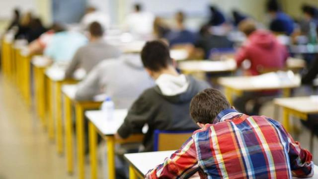 CLM plantea una oferta de 1.050 plazas para maestros en 2019