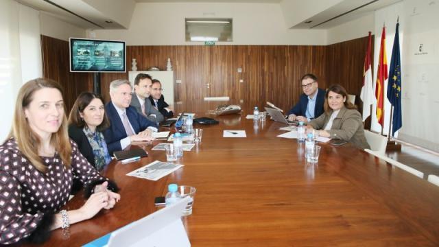 Fomento plantea con Telefónica el proyecto de 5G en Talavera