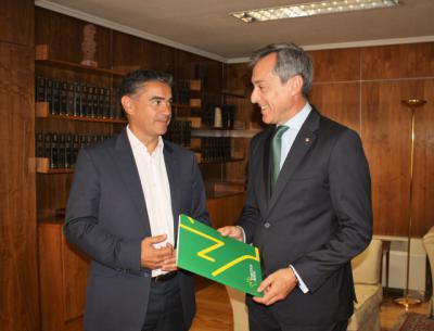 Eurocaja Rural ofrece su colaboración al delegado del Gobierno