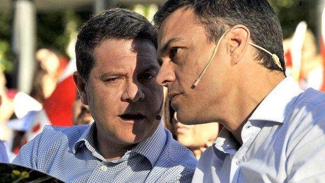 Emiliano García-Page y Pedro Sánchez (Foto: Archivo)