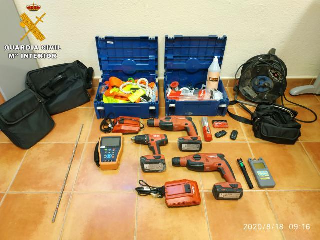 ÚLTIMA HORA | Detenidas dos personas por robo en interior de vehículos