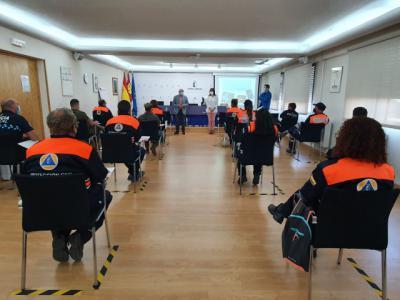 REGIÓN | Varios colectivos se forman en técnicas de auxilio y el uso del DEA