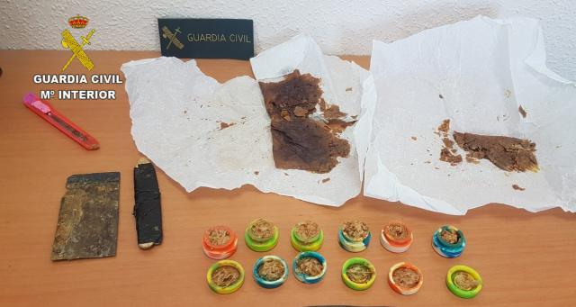 La Guardia Civil investiga a un hombre por un delito contra la salud pública