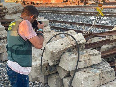 Detenido el grupo criminal que robaba cable de cobre en la vía férrea