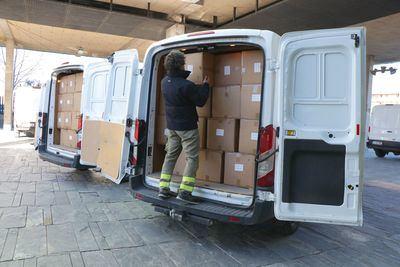 CLM | El Gobierno de la región ha distribuido más de medio millón de artículos de protección para profesionales sanitarios en las dos últimas semanas