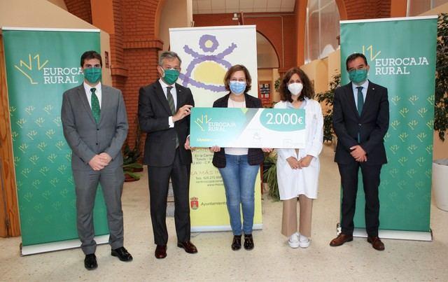 EUROCAJA RURAL   La Fundación aporta 2.000 euros al Centro Ocupacional 'La Alegría'