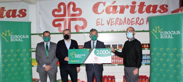 TALAVERA | Eurocaja Rural otorga 'Ayudas Sociales' al economato 'Papa Francisco'