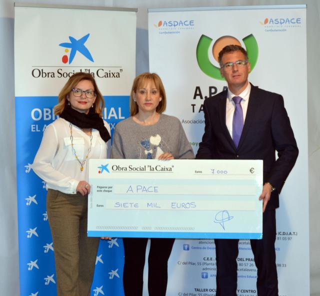 APACE recibe una ayuda de 7.000 euros de la Obra Social 'La Caixa'