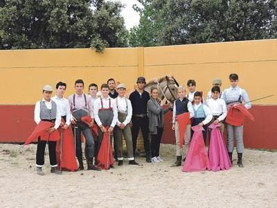 Completísimo tentadero de la Escuela de Pepino en la finca de Morenito de Aranda