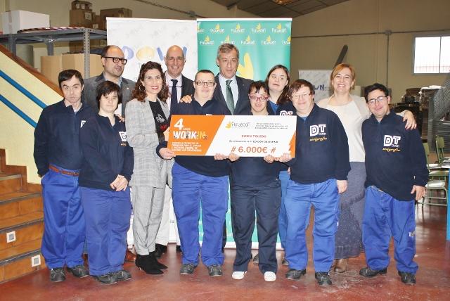 La Fundación Caja Rural CLM entrega una ayuda 'Workin' de 6.000 € a Down Toledo