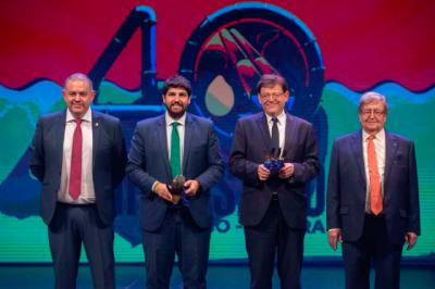 CLM espera que la foto de Murcia y Valencia celebrando 40 años de trasvase sea