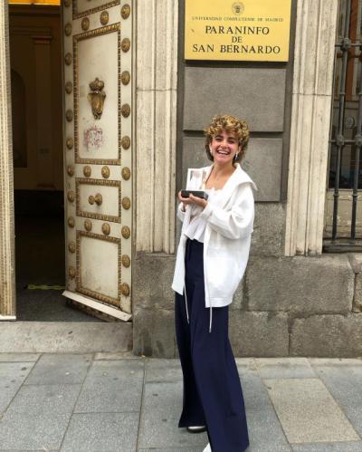 Los neurólogos españoles premian a Elena Gallardo por 'Oye Alzheirmer'