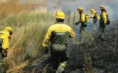 Al menos 15 bomberos forestales en el incendio de Yeste han sufrido intoxicación alimentaria