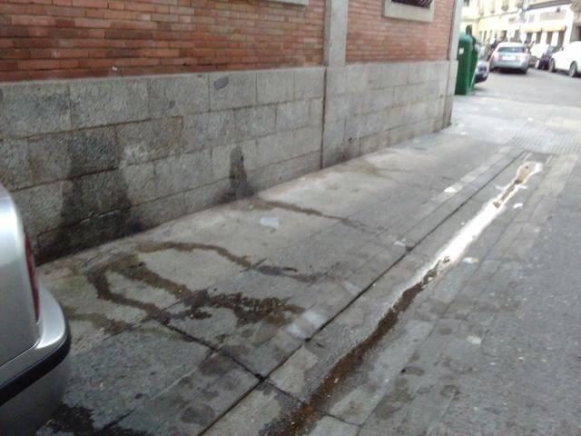 GOBERNANDO A GOLPE DE FACEBOOK | El Ayuntamiento de Talavera instalará aseos públicos el día de Nochevieja