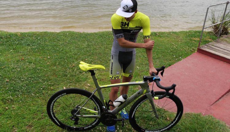 Fernando Alarza cuenta cómo es la bicicleta que está utilizando