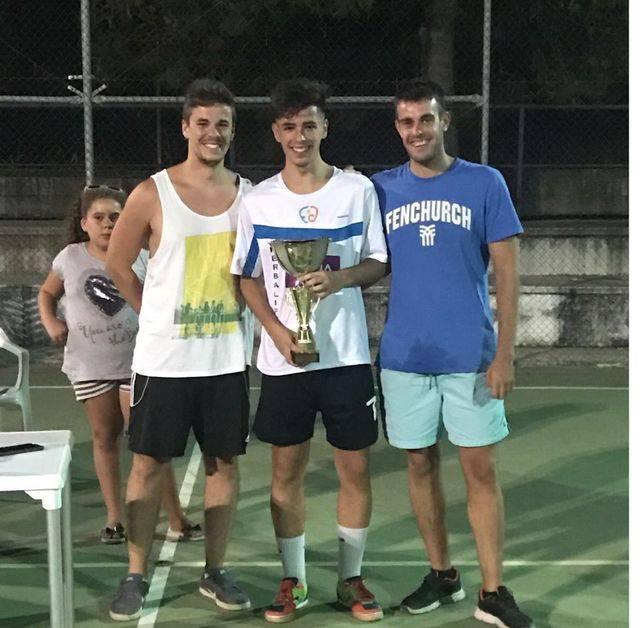 'Los Junos' ganan el Torneo sub-19 de Los Cerralbos