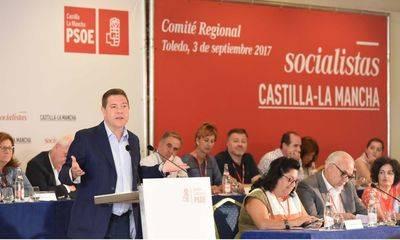 García-Page oficializa su precandidatura para seguir liderando el PSOE de CLM